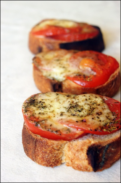 Tartines tomates mozza