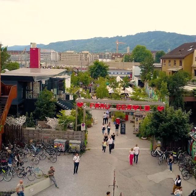 Frau Gerolds Garten Sonnenterasse Sommerrestaurant Winterstube Kunst Und Stadtgarten Geroldareal Zurich West Frau Gerolds New Neighbors Instagram City
