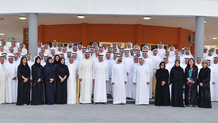 Sheikh Mohammed meets with UAE ambassadors, heads of diplomatic delegations