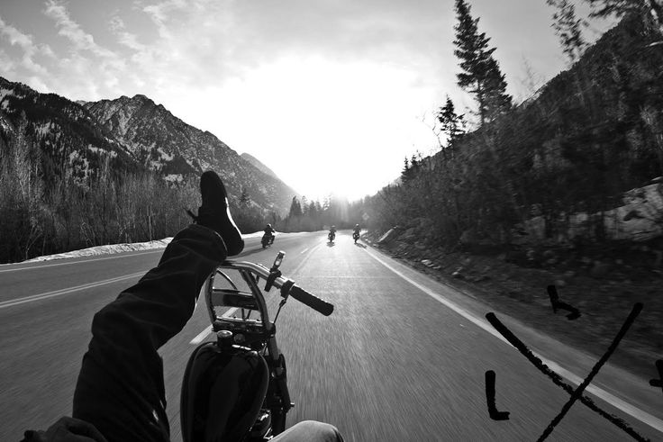 nii: Motorcycles, Biker Life, The Roads, Awesome Pics, White Photography, Riding, Open Roads, View, Roads Start