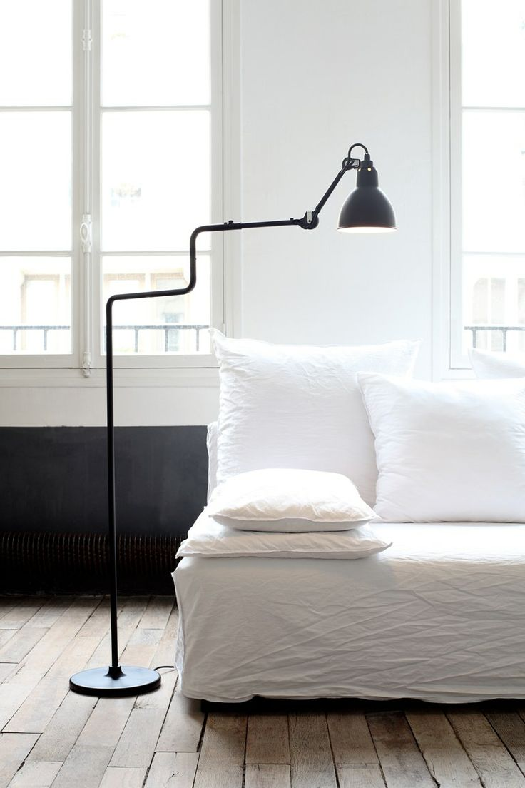 ADJUSTABLE STEEL CEILING LAMP WITH SWING ARM N°312 | CEILING LAMP | DCW ÉDITIONS