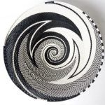 African Zulu woven telephone wire bowl – Large shallow bowl – Black and white