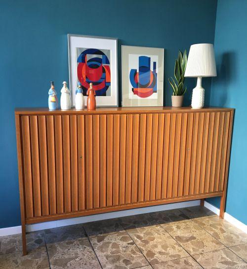 Large High Board By Bub Wertmöbel, Germany. Carved Walnut With Maple Veneer  Inside. Vintage FurnitureCherryTeakTropicalGermany