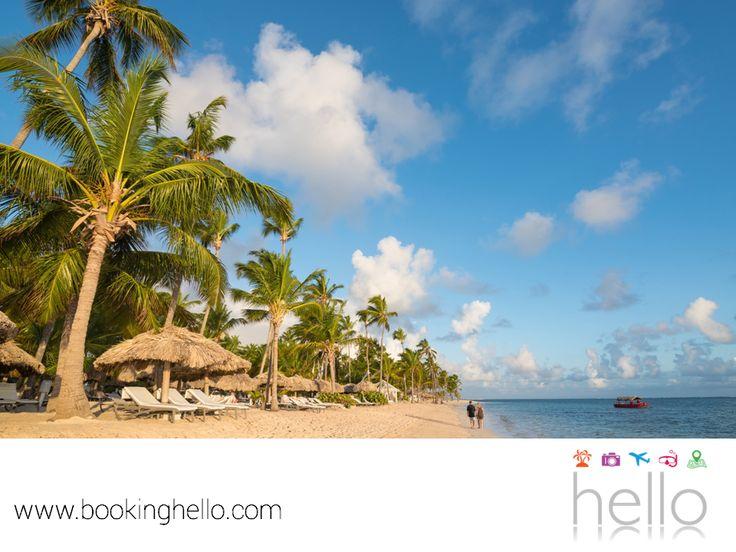 """EL MEJOR ALL INCLUSIVE AL CARIBE. Al norte de Punta Cana, se encuentra una de las playas más famosas de República Dominicana: Playa Bávaro. Ésta cuenta con certificación """"Blue Flag"""", un distintivo que asegura excelentes condiciones ambientales y medidas de planificación y desarrollo sostenible en sus costas, para convivir de manera amigable con el medio ambiente. En Booking Hello te invitamos a disfrutar tu pack all inclusive en Catalonia Royal Bávaro, para vivir con tus amigos una…"""