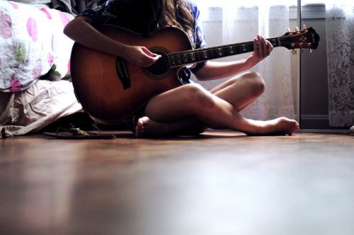 Learn to Play Acoustic Guitar with us at Guitarbitz. Call to book your lesson.  http://www.guitarbitz.com/