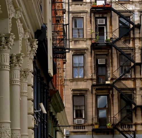 New York.: Building, Fire Escape, Art Studios, New York Cities, Favorite Places, Studios Apartment, Home Stairs, Cities Life, Cities Living