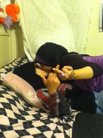 Two Muslims Lesbian Making Out  Lesbian Lover Shit  Beautiful Muslim Women, Arabian Women, Muslim Women-8024