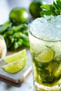 Miraculous water for a flat belly (RECIPE)