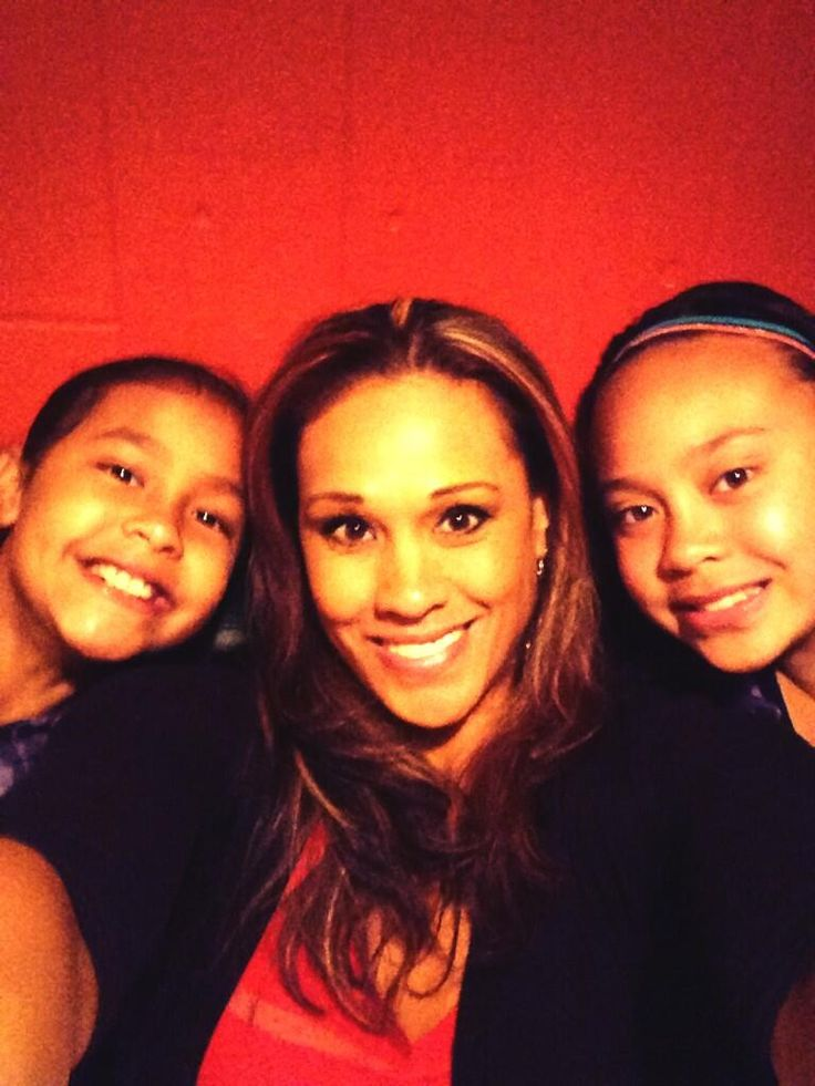 So Blessed to Be a Mother of Two Beautiful Young Girls #HappyMothersDay pic.twitter.com/n7byb5aCW5