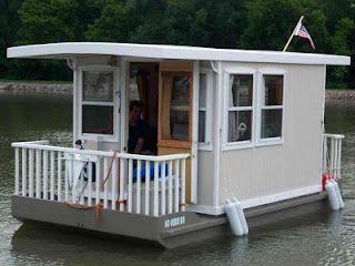 Shanty Boat PlansFloating House, Tiny House, Pontoon Houseboats, Little House, House Ideas, House Boats, Water Nautical Houseboats, Houseboats Ideas,  Manufactured Home