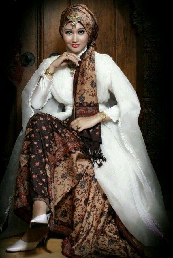 Kebaya indonesia moslem style