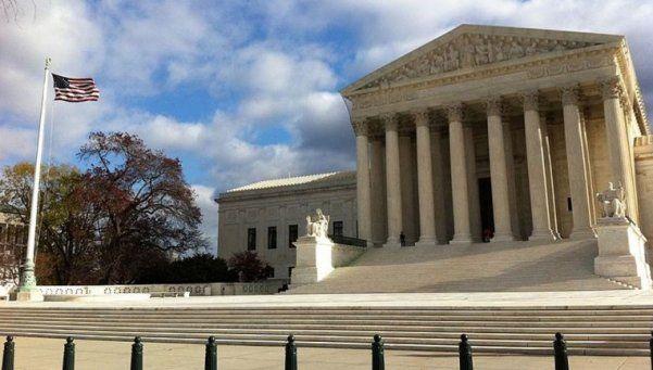 Buitres: corte de EEUU revierte fallo de Griesa contra Argentina