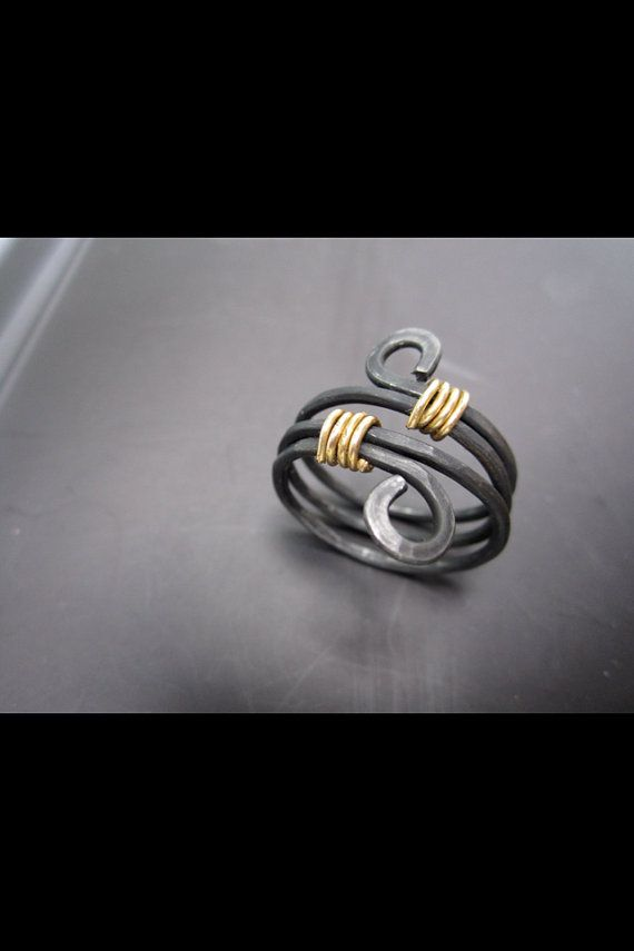 Black Hammered wire ring