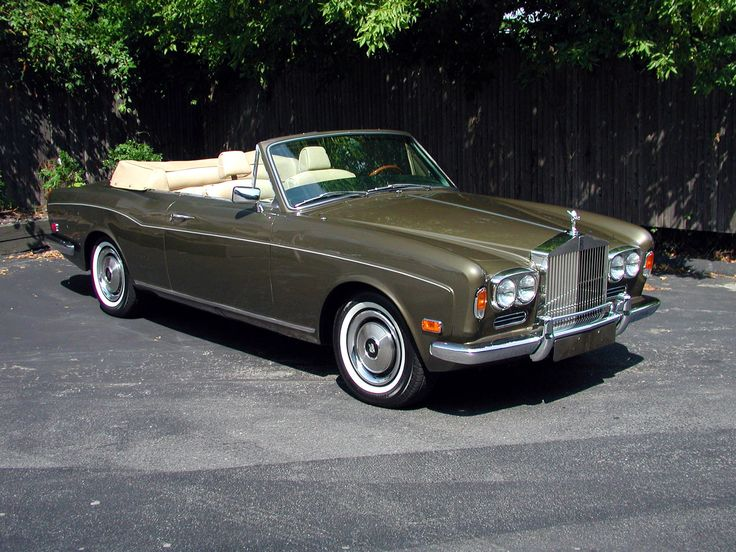 Rolls-Royce Corniche (1977) – Feels a bit like being a Royal in Beverly Hills. Don't forget to wave to the crowd while driving by!