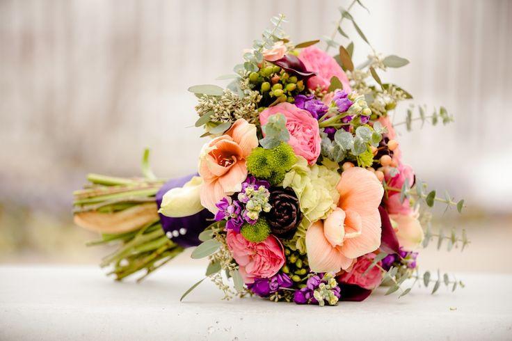 Elisabeth Kate Studios peach coral amaryllis wedding bouquet utah wedding florist calie rose