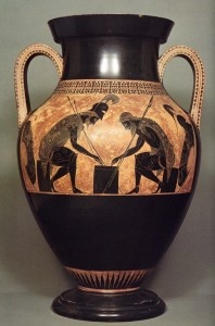 Aquiles y Ayax juegan a los dados en esta ánfora pintada por Exekias. El tema es una prefiguración del destino que a ambos les depara la Guerra de Troya.