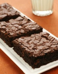 Flourless Brownies – Sugar Free | I will try stevia, in place of the Splenda. Great low carb, low calorie treat. No almond or coconut flour either. Mustvtry.