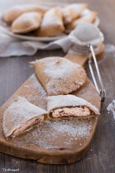 Cappiddruzzi marsalesi o ravioli dolci di ricotta al forno
