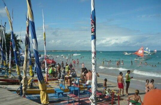Porto de Galinhas - Ipojuca - PE                                                                          Lugar mágico de muita paz. A água morna e sempre ao final da tarde a maré fica cheia, deixando a praia quase sem faixa de areia.