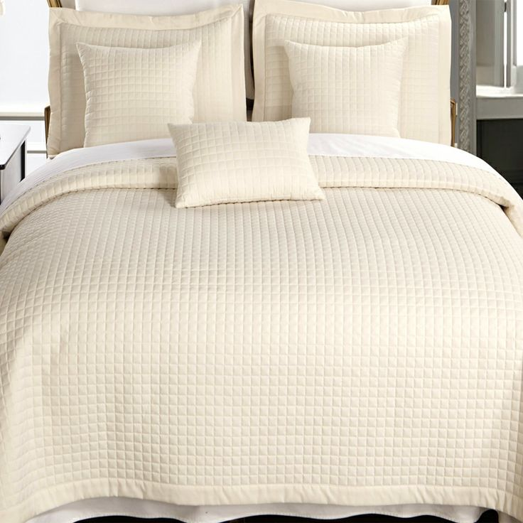 89 best Twin XL Coverlet Quilts and Duvet Cover Sets for College ... : ivory quilts - Adamdwight.com