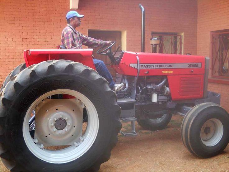 5X1000 - Il Progetto Agricolo in Madagascar continua a crescere grazie alla tua firma    6 Ottobre 2011    Madagascar - I fondi raccolti con il 5x1000 del 2008 sono stati destinati all'acquisto di un trattore, un aratro e un furgoncino
