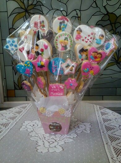 Wedding cookies bouquet