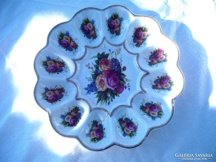 Rózsás  asztali  tojástartó