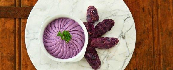 Få grønnsaker er vel mer anvendelige enn poteten, enten det er i supper, salater, lapskaus eller på egen hånd. Her finner du herlige oppskrifter og tips. - Side 1962893: Poteter kommer i andre farger