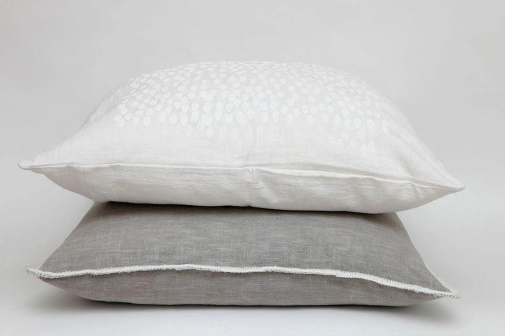 Raindrop Cushion White on White