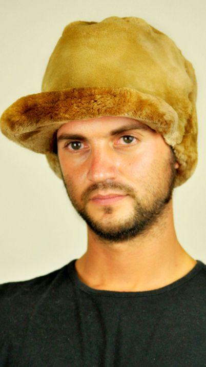 Cappello in pelliccia di castoro canadese con visiera  www.amifur.it