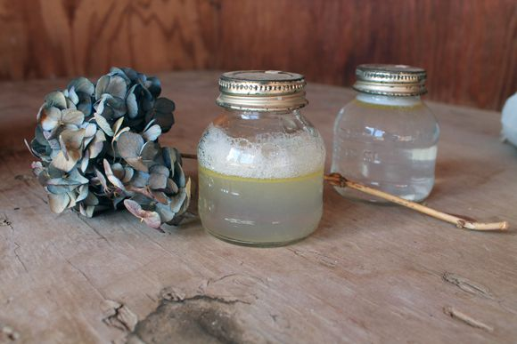 Post image for 3 Ingredient Eye Makeup Remover: A Quick Beauty DIY