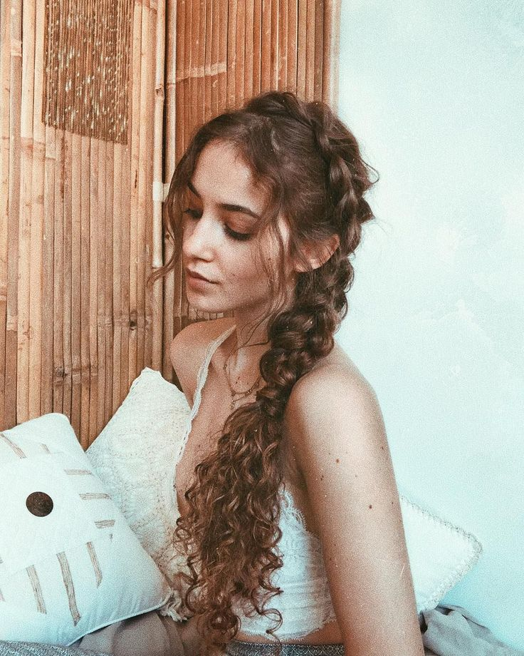 Wake Up to Perfect Curls With Tips from 3 Curly-Haired Beauty Vloggers