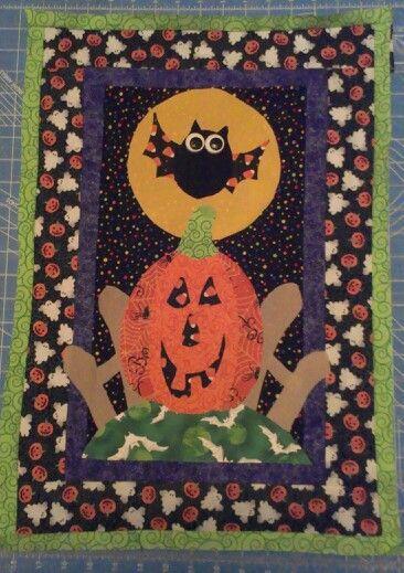 Happy halloween. Halloween wall hanging