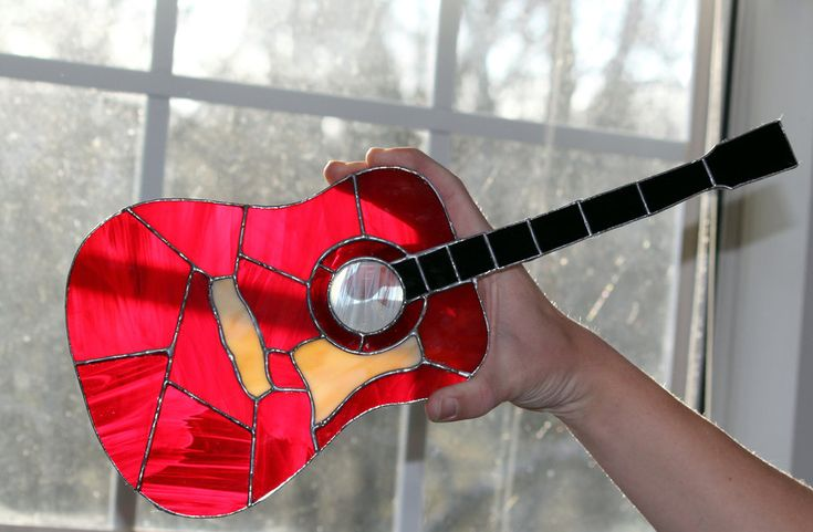 Small Guitar by Raventalker on deviantART
