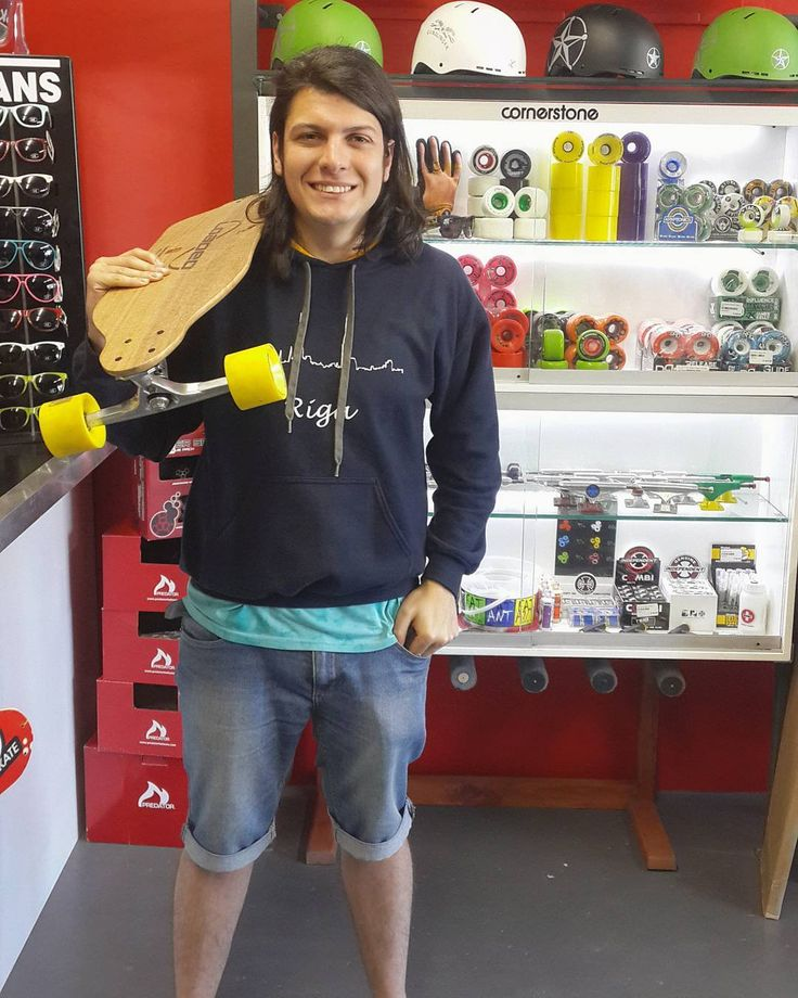 Suuuuper hyped we could spread  the #madstokemonday vibes on to @charldeacon who came by to get himself the crazy light Flex 3 @loadedboards Vanguard complete with @gunslinger_sa x @gunslinger_boards 180mm trucks & 86a @orangatangwheels 4President's!  Welcome to the #csskateshopfam! Enjoy it always skate safe & stay stoked bro!  #csskateshop x #gunslinger x #loaded x #orangatangwheels