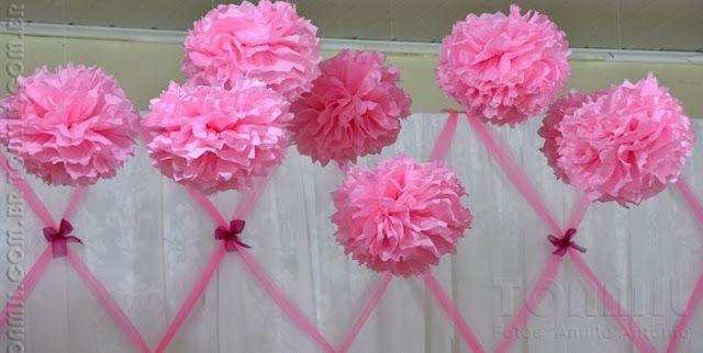 Estas Flores, bolas ou pompons de papel de seda estão super na moda em festinhas, decorações de quarto, casamentos, escritórios, lojas e t...