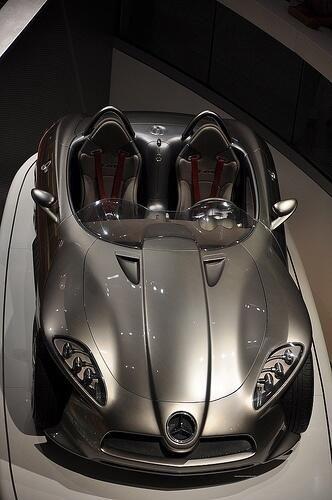 Mercedes-Benz F 400 concept