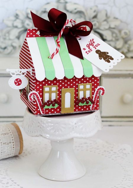 Gingerbread House Treat Box by Melissa Phillips for Papertrey Ink (July 2016)