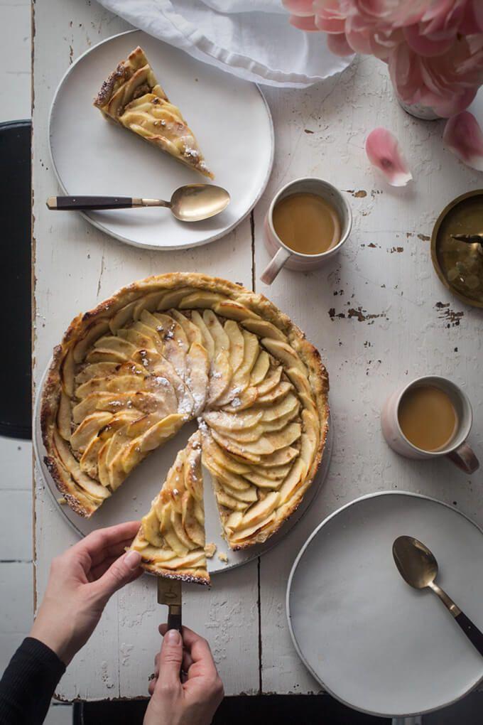 Recette : tarte aux pommes fruitée | Café Royal | Café Royal: un café suisse de première qualité | Capsules compatibles avec Nespresso®*, capsules compatibles avec Nescafé®* Dolce Gusto®*, café en grains ou prêt à boire