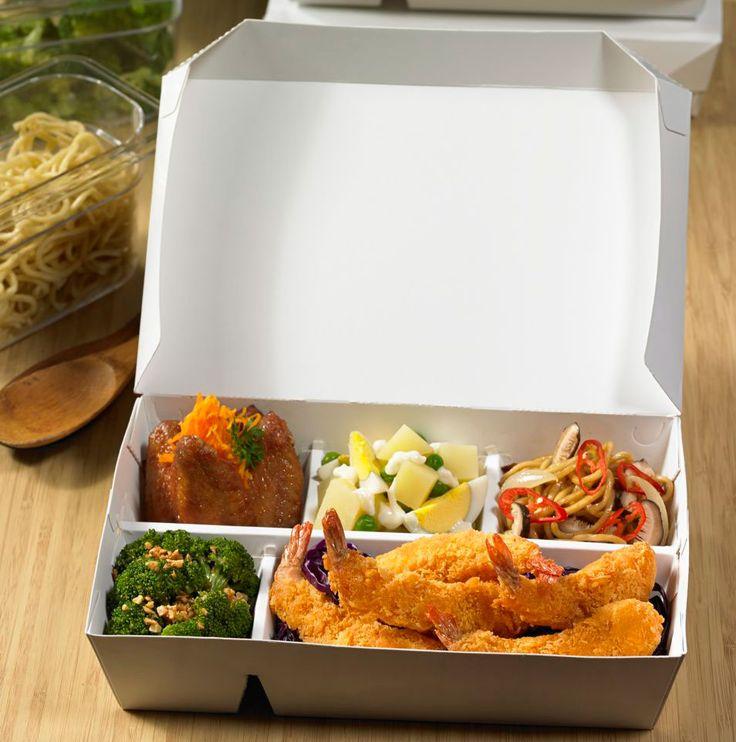 Dus Makanan Greenpack tipe 5C-2314, Cocok sekali digunakan untuk nasi bento, nasi campur, nasi uduk, nasi padang, dll. Untuk informasi lebih lanjut atau pemesanan dapat mengunjungi website kami di : http://www.greenpack.co.id/