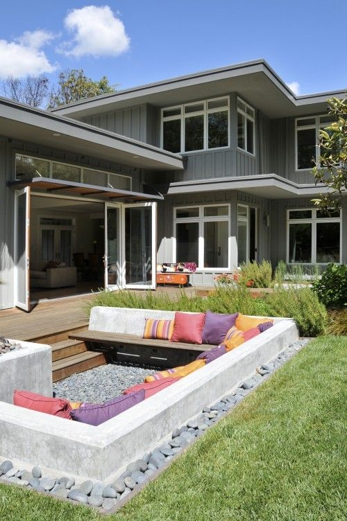 cool sunken outdoor couch, This would be cool to do as a fire pit!
