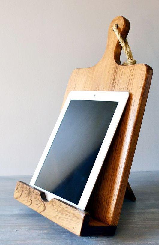 Cutting Board Cookbook Holder + iPad Stand ♥