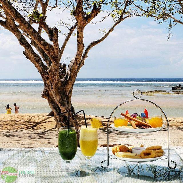 Food Blog Bali  Menikmati Tea Time Set di The Bay Bali bisa menjadi pilihan seru sore hari tanpa harus kena panasnya matahari saat sunset.    @thebaybali  Kompleks BTDC #NusaDua    #teatime #beach