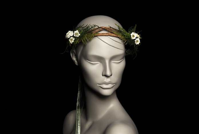 Wicked by Ipek Yaylacioglu Bridal millinery hats & hair accessory - Natural branches with little off white flowers bridal hair crown