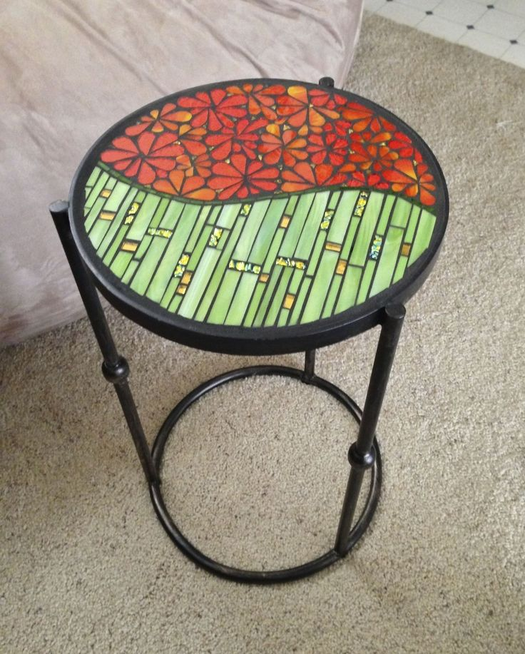 Flower Power table - Jane Russell Mosaics