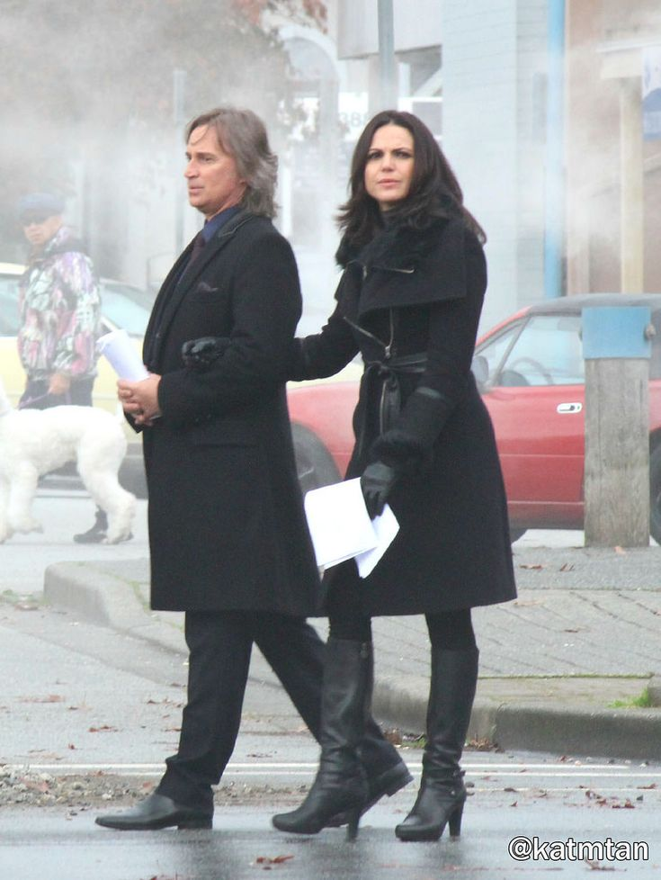 "Robert Carlyle and Lana Parilla - Behind the scenes - 5 * 12 ""Souls of the Departed"" - 4 November 2015  #OUAT5"