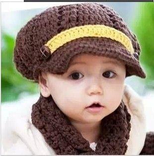 2014-NEW-Handmade-Children-Baby-Hats-Caps-Christmas-hat-Cingulate-Solid-Color-Caps-Baby-Boy-Winter.jpg (310×315)