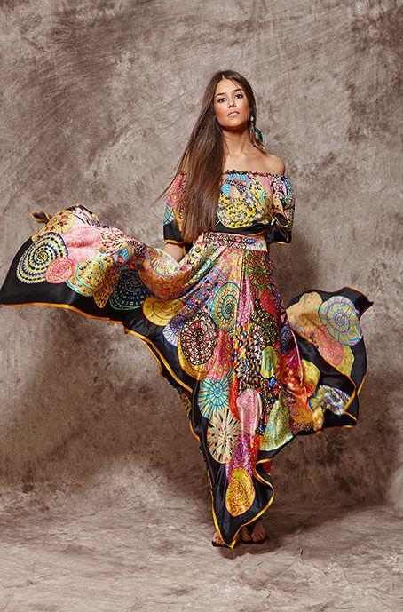 Conjunto de falda y top estampados de seda