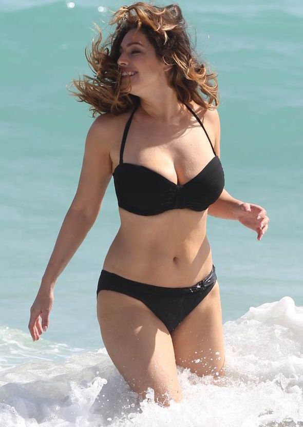 Kelly Brook- my ideal body!!!! You don't have to look like a twig to feel pretty. Looking like a twig isn't pretty, not only is it too skinny, but it makes you feel sick and unhealthy. You won't have the energy to want to go do these kinds of things. So strive to be healthy, not sickly. :)