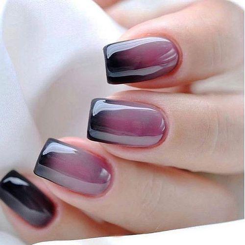 Gloss ombre black & purple nail polish